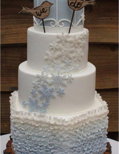 Birdcage ruffle snowflake cascade