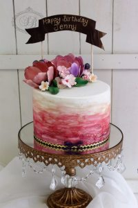1 tier berry watercolour cake with sugar flowers