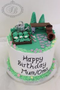 1 tier vegetable garden cake with message