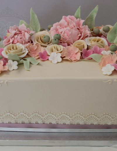Square flowers cake
