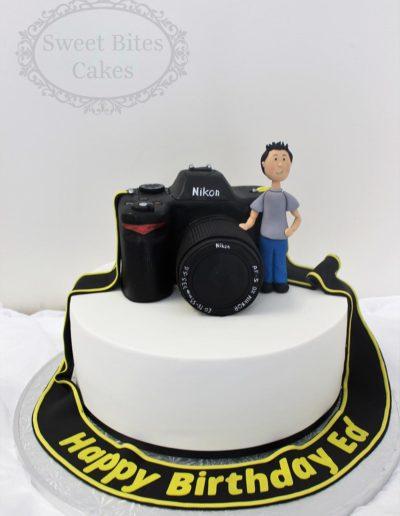 3D camera topper cake