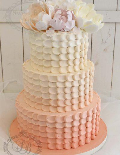 Peach ombre petal buttercream cake
