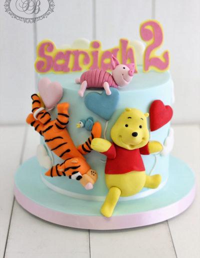 Cute Winnie the Pooh pastel cake