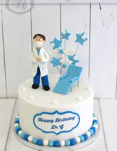 Dentist cake with stars