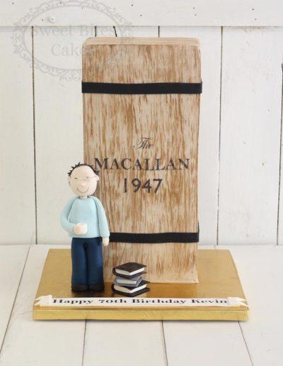 3D oak box cake