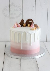 Dusty pink ombre drip cake