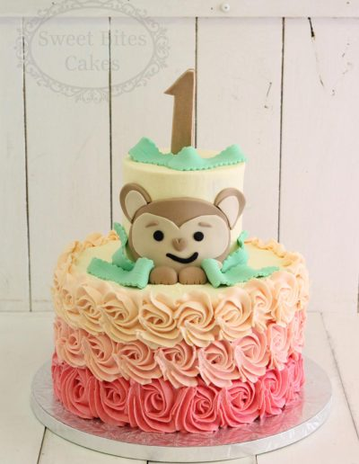 2D monkey buttercream cake