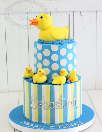 2 tier rubber duck cake