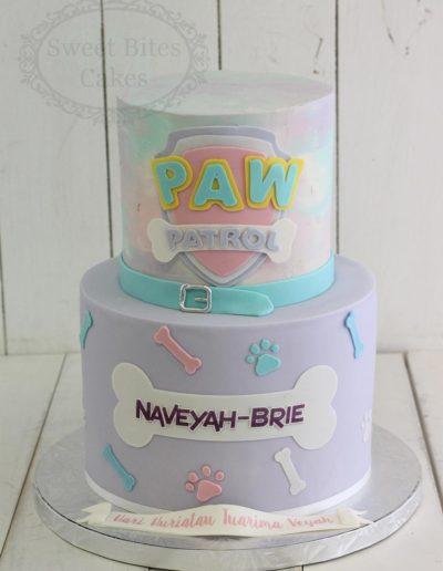 Pastel paw patrol cake
