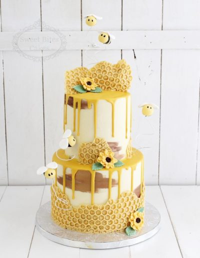 Bumblebee Honeycomb Cake