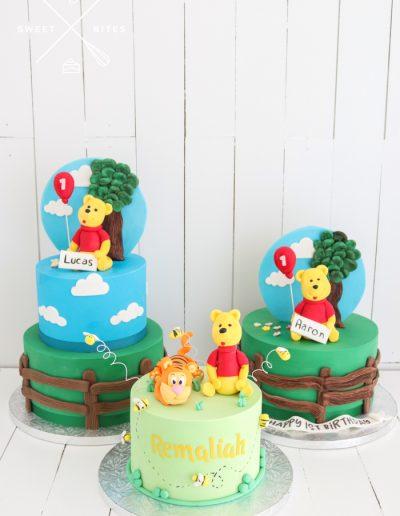 winnie the pooh friends cake tigger 1st birthday