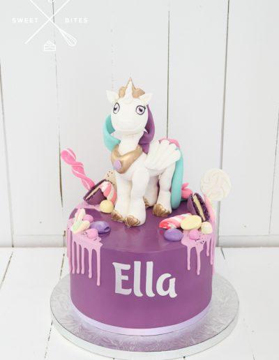 my little pony purple horse cake