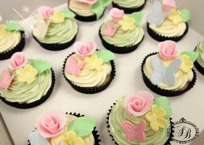 butterflies flowers cupcakes