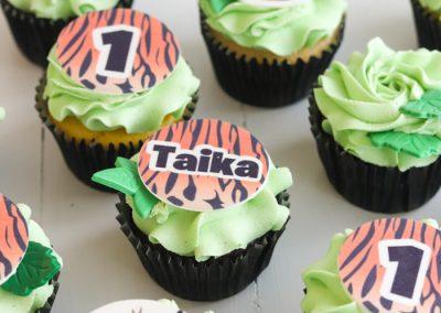tiger jungle 1st birthday cupcakes