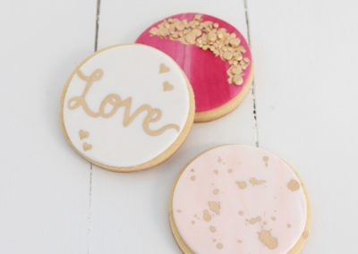pink white marble fondant cookies