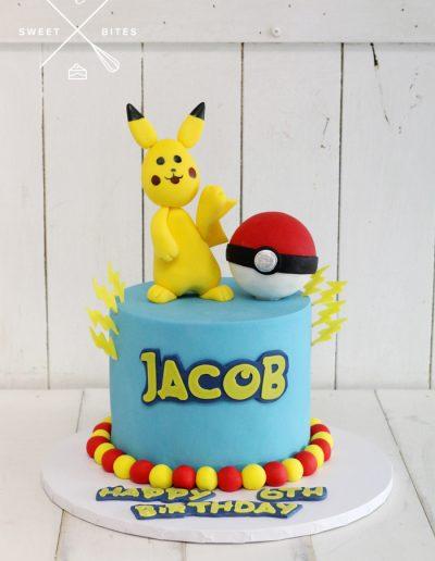 pikachu pokemon ball cake