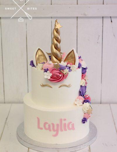 2 tier unicorn piped cake
