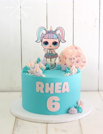 lol doll turquoise cake