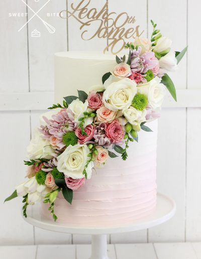 flower cascade pink ombre linear 60th 70th cake