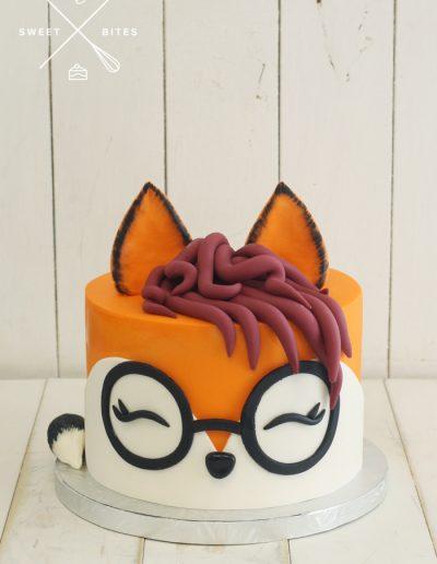 fox face glasses cake