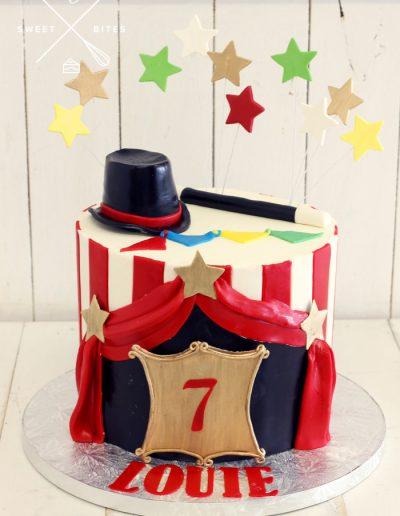 circus tent magician cake
