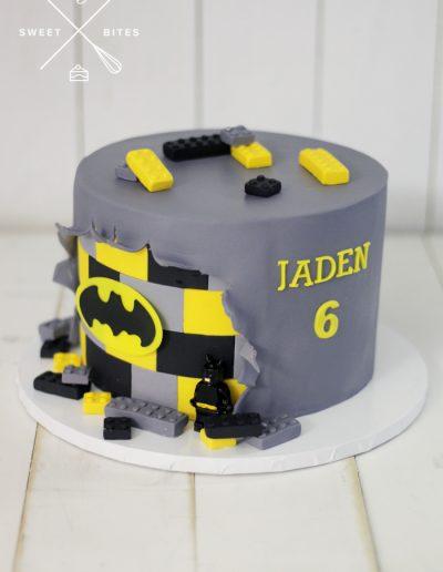 batman lego cake DC