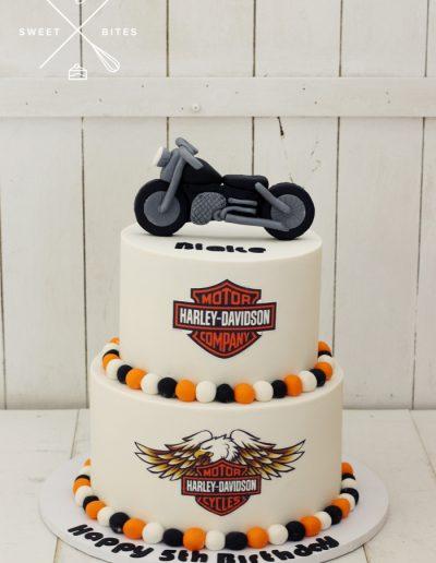 harley davidson motorcycle bike cake