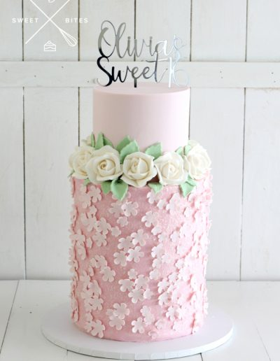 pink flowers sweet 16 birthday cake