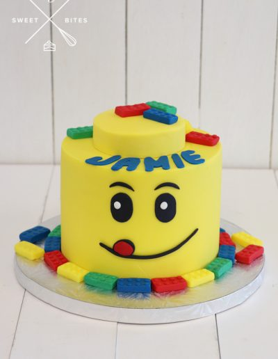 lego head bricks birthday cake