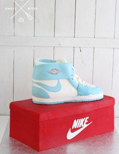 3d nike air force shoe box cake