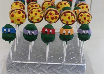 ninja turtle pizza cakepops