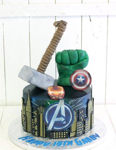 marvel avengers hulk thor iron man captain america galaxy cake