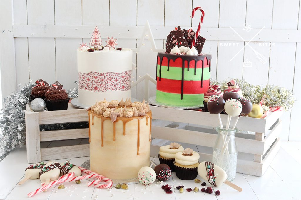 Christmas cake range with matching cupcakes and cake pops