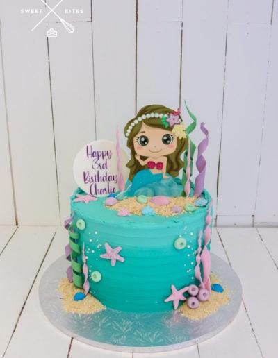 mermaid under the sea ocean shells seaweed cake
