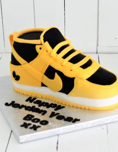 nike air force yellow 3d shoe cake