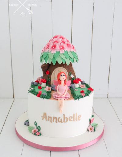 fairy house cake tree stump