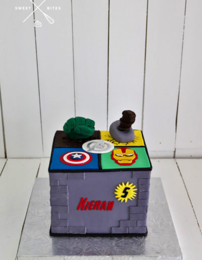 marvel avengers cake hulk thor captain america iron man