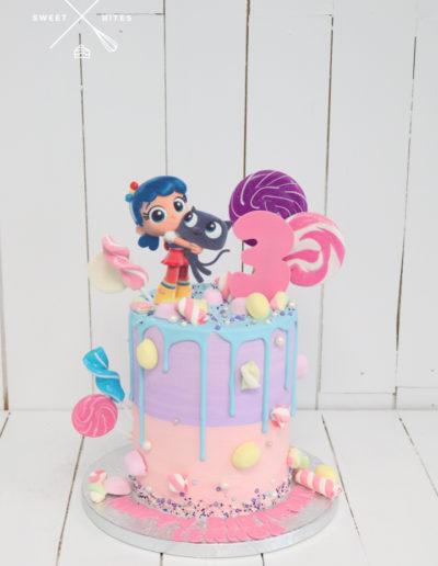 true rainbow kingdow cake candy lollipops