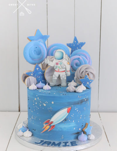 space astronaut cake stars galaxy rocket