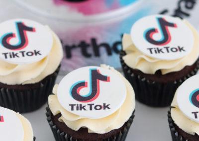 tiktok cupcakes