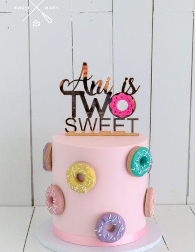 donut doughnut cake two sweet 2nd birthday