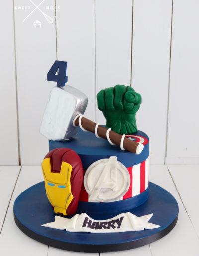 avengers cake superhero thor hulk ironman captain america marvel