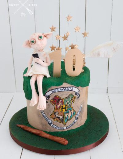 harry potter cake hogwarts dobby house elf golden snitch