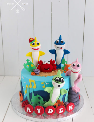 baby shark sea theme ocean cake